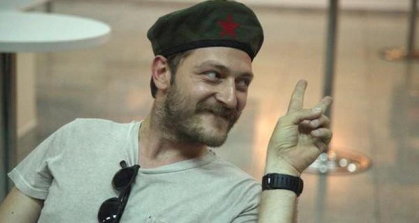 Tiyatro Sanatçısı Alican Yücesoy: Zorbalıkları unutmayın